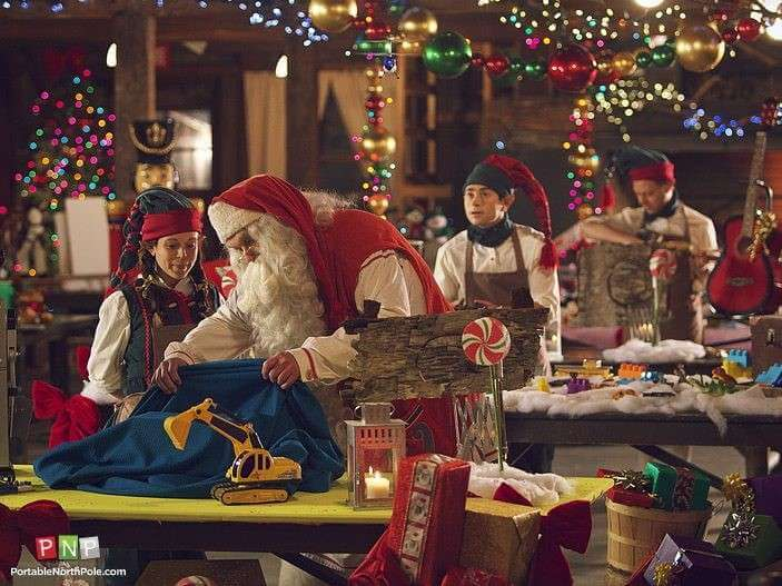 Why Santa is a Model Employer and how you can Emulate the North Pole to Benefit your Workplace
